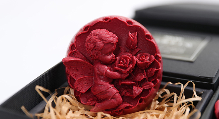 Large view Valentine Red Soap
